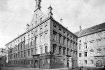 Wilhelminum, Neuhauserstr. © Bay. Landesamt f. Denkmalpfl.